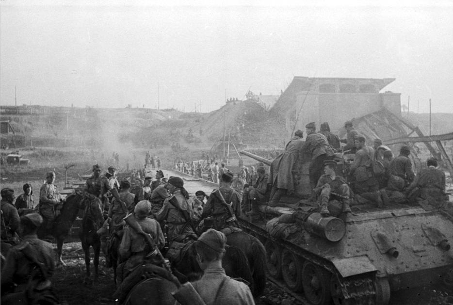 Минобороны РФ опубликует редкие фото времен Великой Отечественной войны