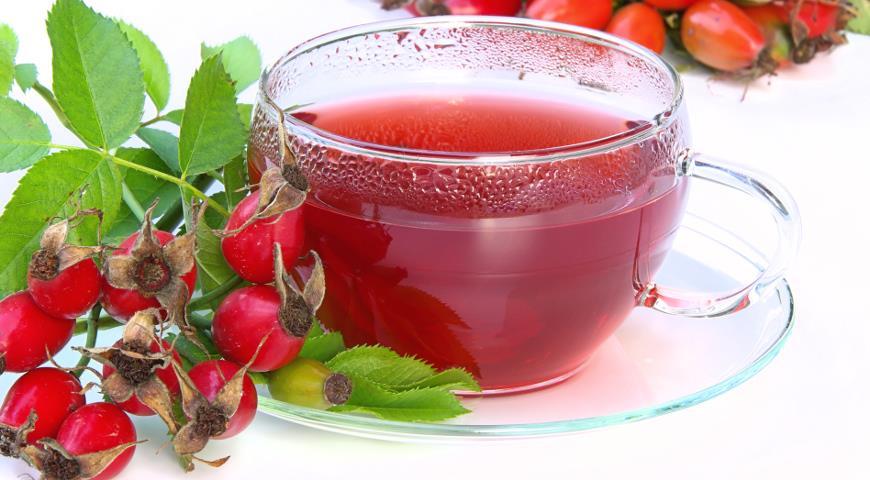 Как правильно заварить шиповник и сохранить витамины?