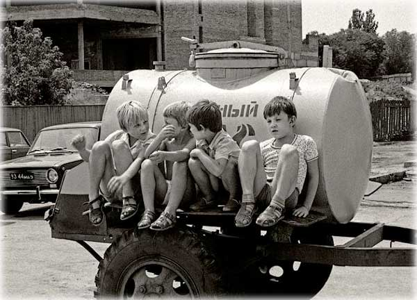 Пять хорошо забытых детских игр и развлечений из советского прошлого
