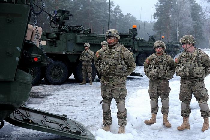 Солдаты НАТО замерзли и намокли на учениях против России