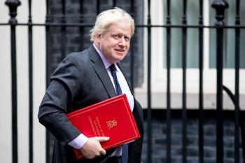 Джонсон заявил о невозможности нормальных отношений между Лондоном и Москвой