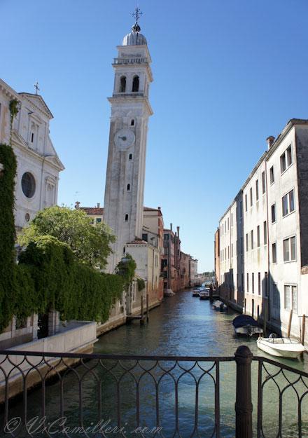 Италия, Венеция. Наклоненная колокольня