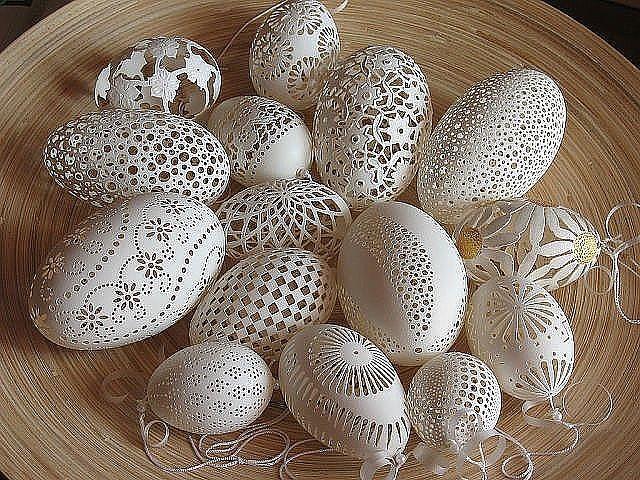 Резьба по яичной скорлупе - хрупкое искусство!