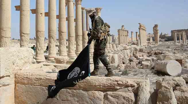 Пальмира, которую отберут у ИГИЛ, и предатели, которые останутся с нами.