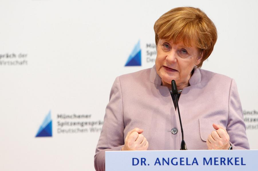 Меркель действительно приедет в Россию. Запад сдается?