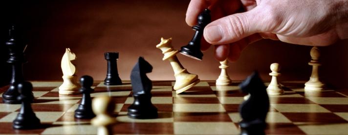 Жидовская игра по крупному: а вы попробуйте отнять у нас вашего Христа и вашу свастику!