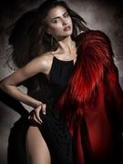 Ирина Шейк(Irina Sheik) в фотосессии Сантьяго Эстебана(Santiago Esteban) для журнала ELLE Spain (декабрь 2011)