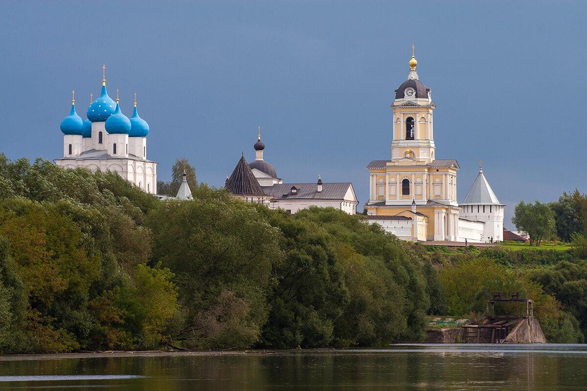 Река Нара в Серпухове