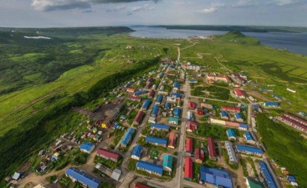Россия иЯпония начали переговоры посовместной деятельности наКурилах