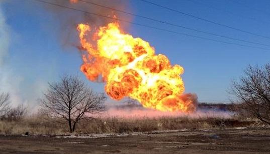 ДНР: врезультате обстрела впригороде Ясиноватой загорелся газопровод