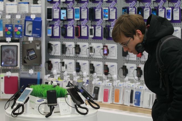 Развод с мобильником. Как обманывают в магазинах сотовой связи