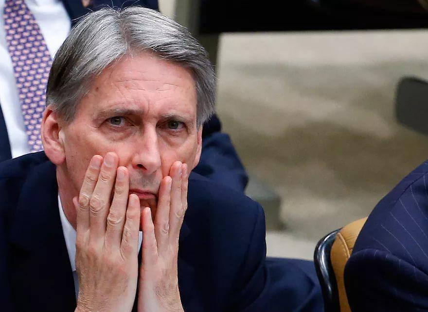 Глава МИД Британии выразил соболезнования в связи с наездом грузовика на толпу в Швеции