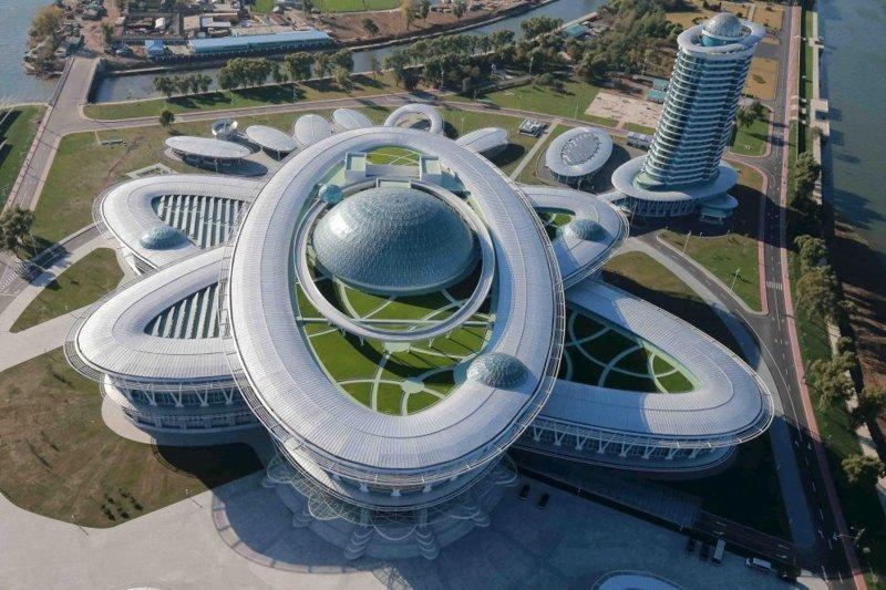 Научно-Технический комплекс в Пхеньяне, то есть в столице Северной Кореи архитектура, здание, красота, мире, северная корея