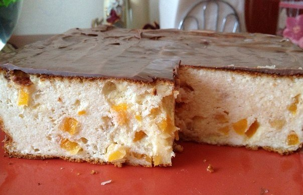 Творожная запеканка в шоколадной глазури — почти как торт!