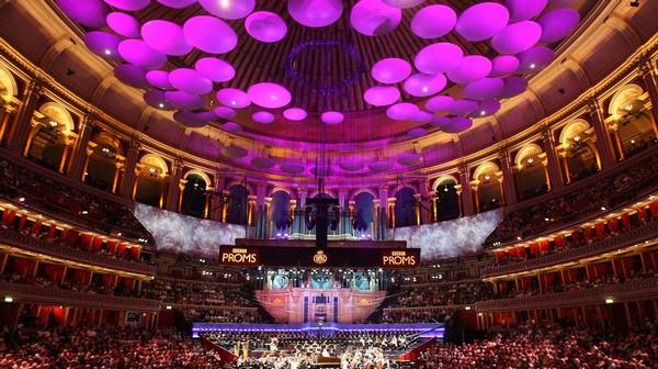 Лондонский Альберт-холл выставил на продажу ложу за 4.200.000$