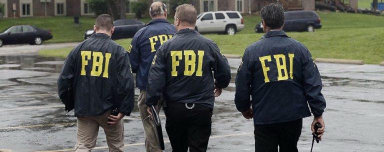 Российских дипломатов в США арестовывают и пытаются подкупить
