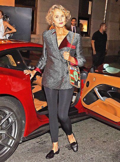 Как одеваться после 70 лет? Лорен Хаттон даже в свои 73 остается иконой стиля!