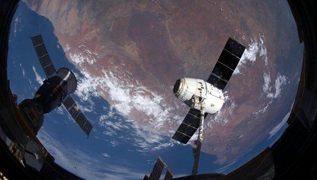Россия и США проработали варианты отправки туристов к МКС и Луне