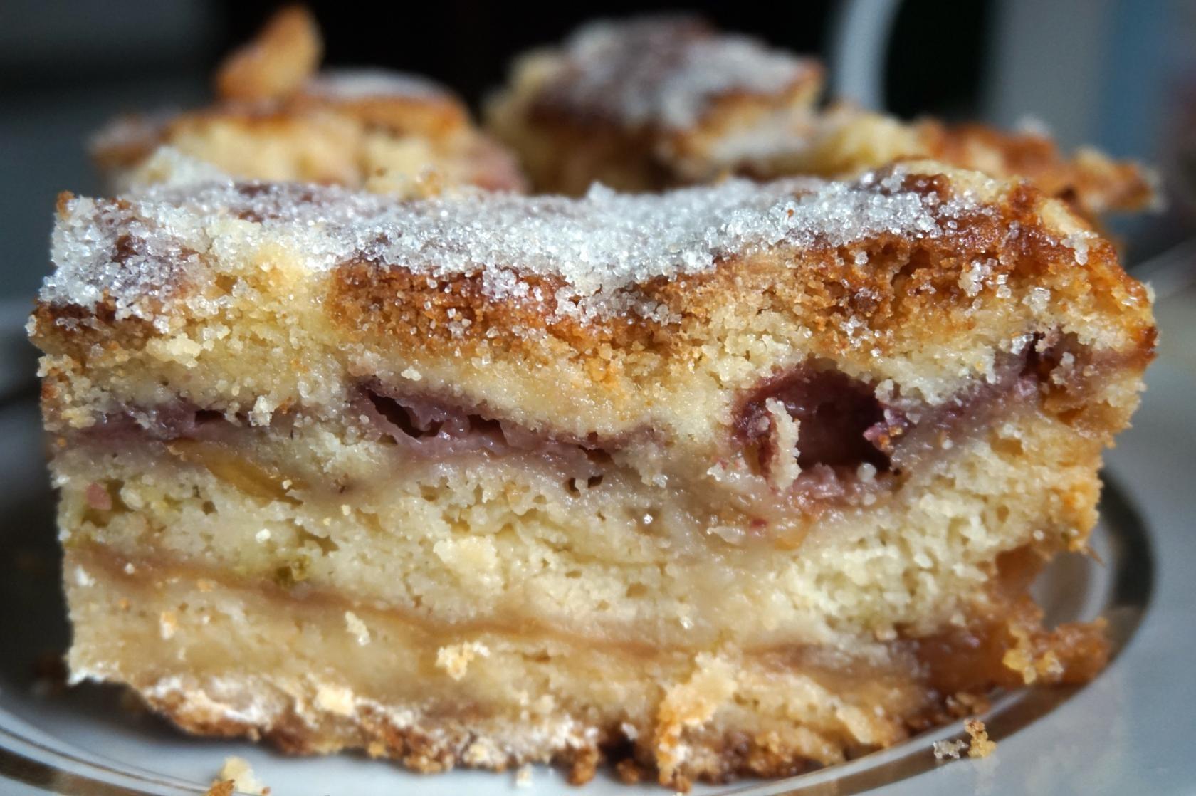 Насыпной пирог с яблоками, грушами и клубникой – ПОХВАСТУШКИ-2