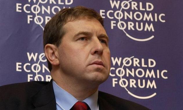 Либеральная муть: Андрей Илларионов нашел нового «могильщика путинского режима»