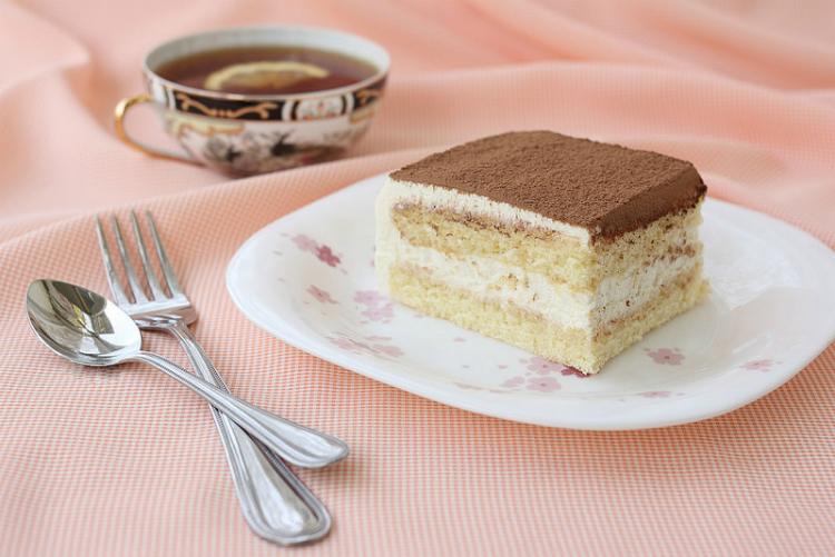 Самый вкусный бисквитный торт с фото