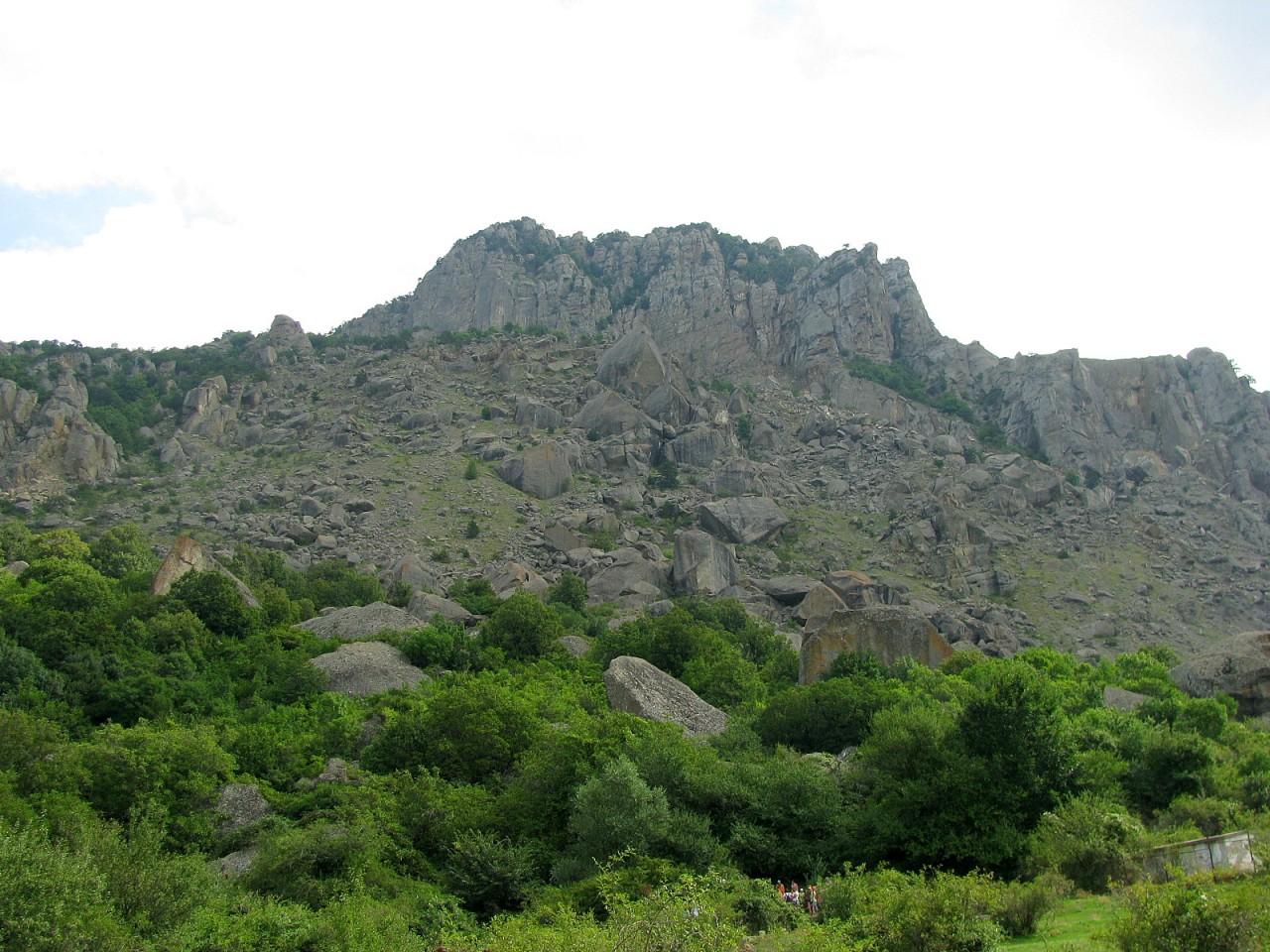 Обзорная по Крыму - 6. Горный Крым: Гора Демерджи. Крепость Фуна. Мраморная пещера