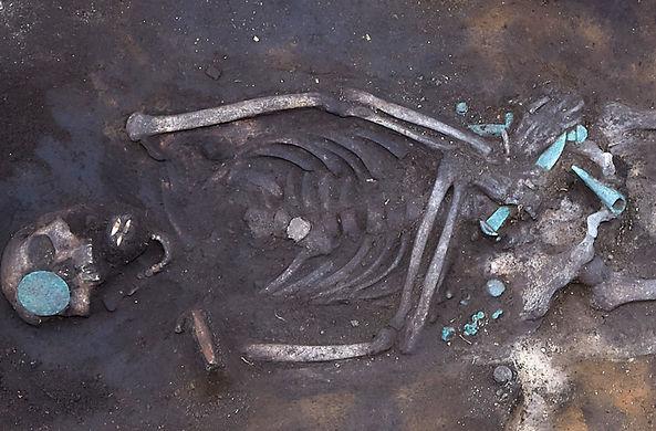 Археологи нашли в Сибири готового к схватке древнего воина