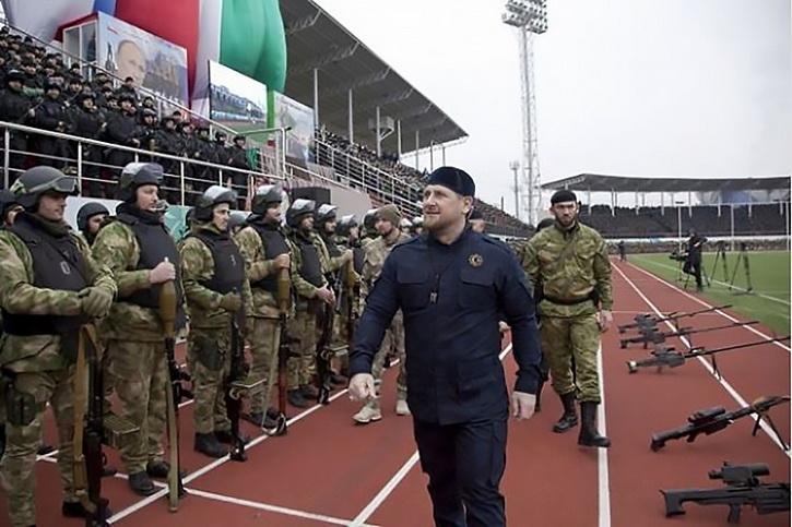 """""""Увидите, украинцы еще попросятся вернуться в Великую Россию!"""" - Р. Кадыров"""