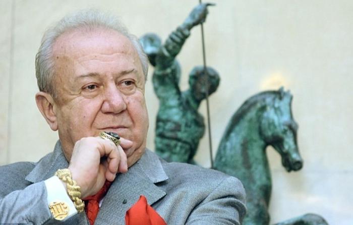 10 самых известных и грандиозных работ скульптура Зураба Церетели