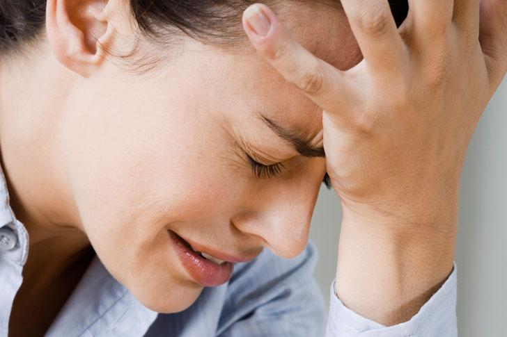 Как научиться сдерживать слезы?