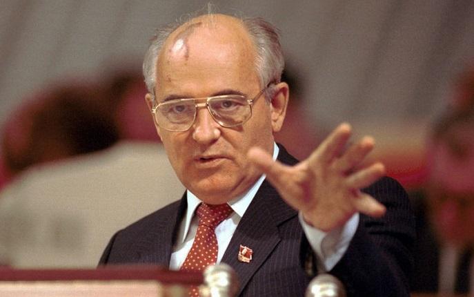 Зачем Горбачев решил начать Перестройку