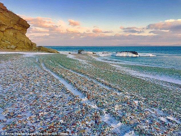 «Водочный» пляж в Приморье — от свалки бутылок до туристического аттракциона