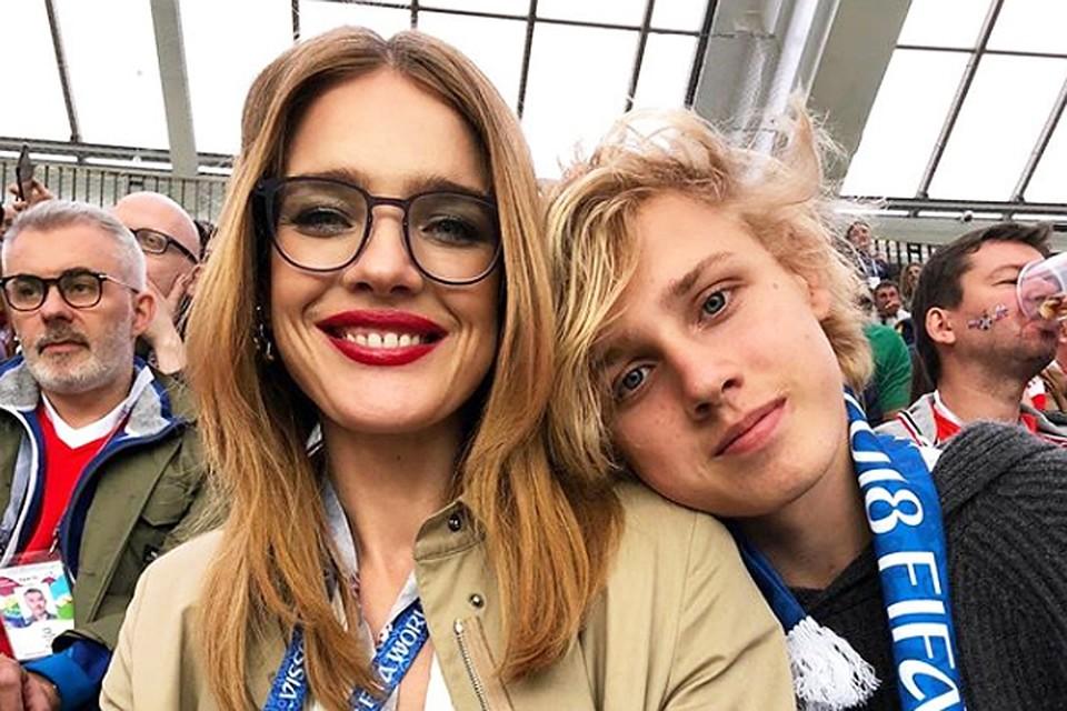 Наталья Водянова с сыном Лукасом. Фото: Инстаграм.