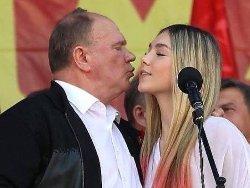 """Как """"единоросска"""" Поклонская положила на лопатки лидера КПРФ Зюганова"""