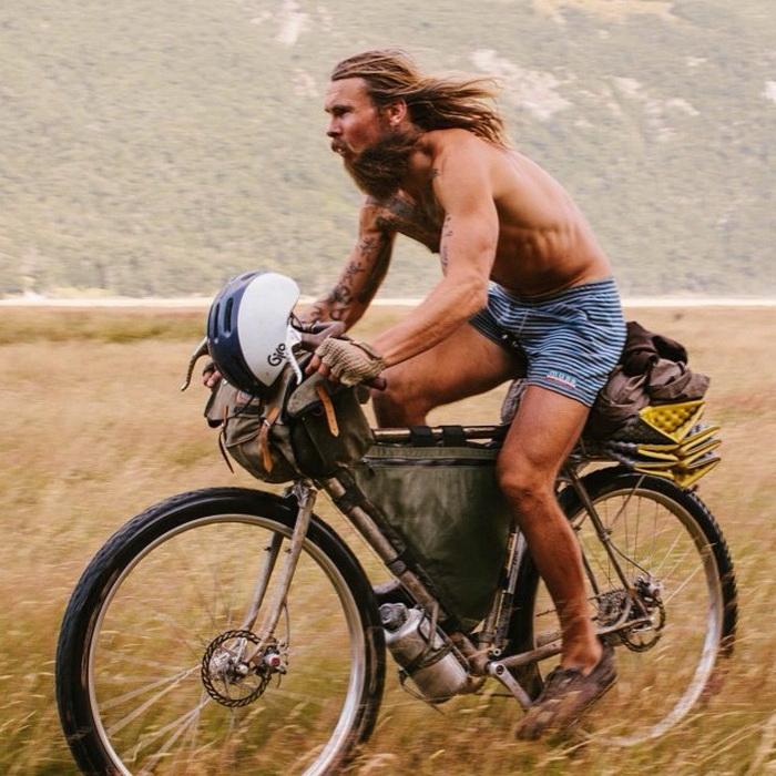 на велосипеде полмира