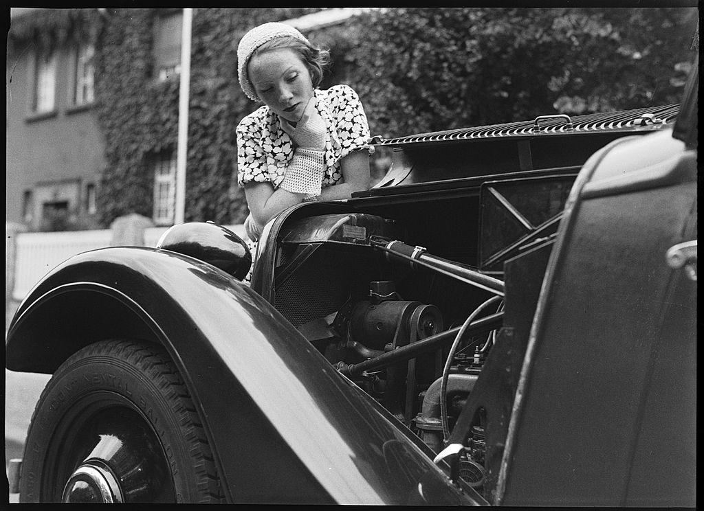 «Начинка» для авто: интересные факты об изобретении автомобильных опций