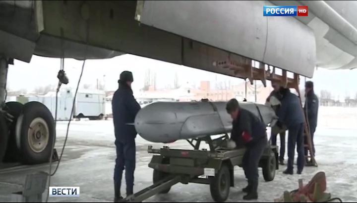 Минобороны показало, как крылатые ракеты разнесли командный пункт ИГ