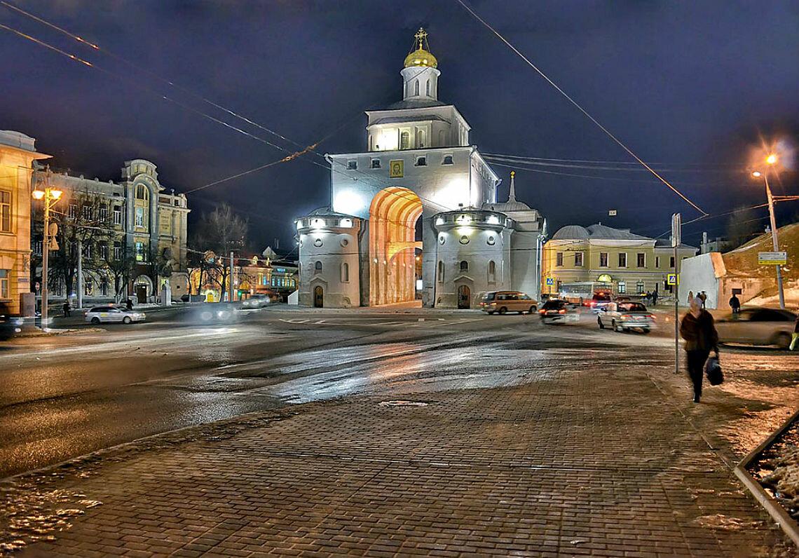 Золотые ворота в центре Владимира