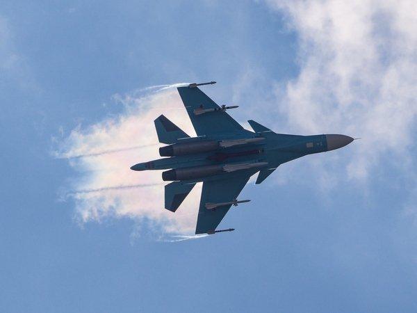 Мощные взрывы: ВКС РФ ровняю…