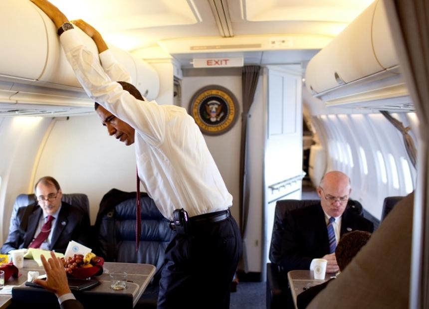 «Мне пора домой»: в Сети появилось видео, где Обама торопил Клинтона сесть в самолёт