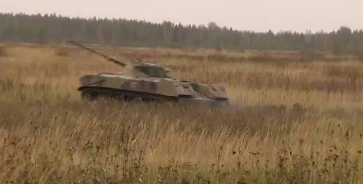 Сравните видео выброски нашей боевой техники с воздуха и НАТО