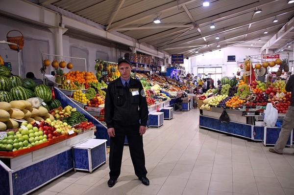 Что имеет право делать с Вами охранник в магазине?