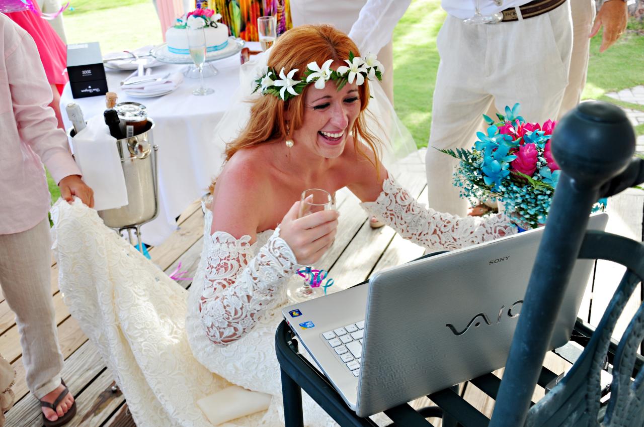 В Италии впервые заключили брак по Skype