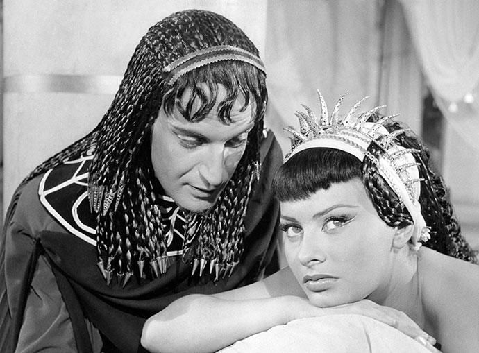 В омут с головой: Клеопатра и самые роковые женщины в истории