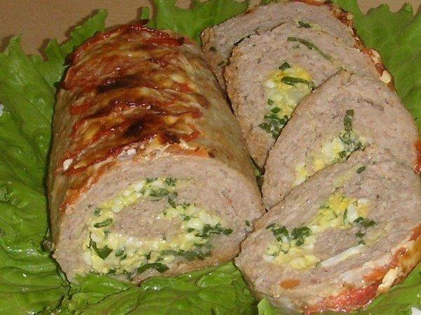 Мясной рулет с начинкой — лучшая закуска к празднику