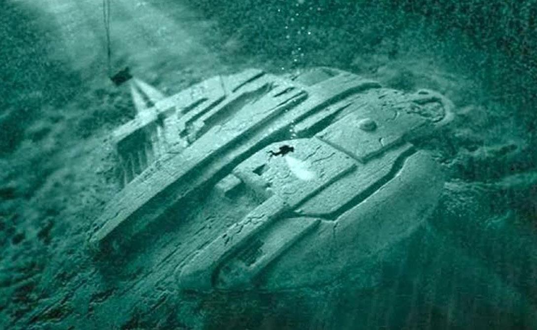 Находку совершили шведские кладоискатели. Команда Ocean X, под руководством капитана Питера Линдберга и археолога Денниса Асберга, провела несколько месяцев на глубине, пытаясь полностью очистить объект от морского ила.