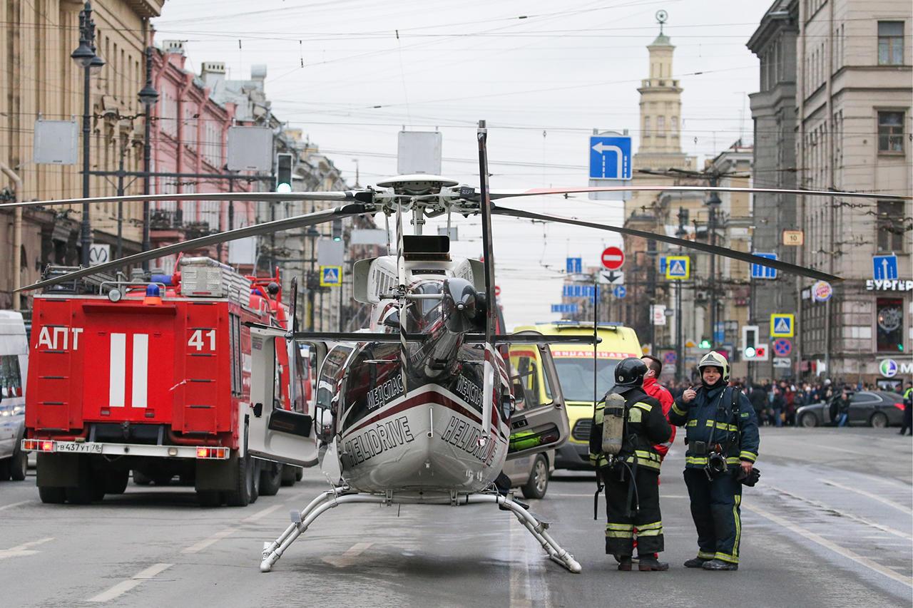 Теракт в Петербурге совершил смертник, а подозреваемый сам пришел в полицию