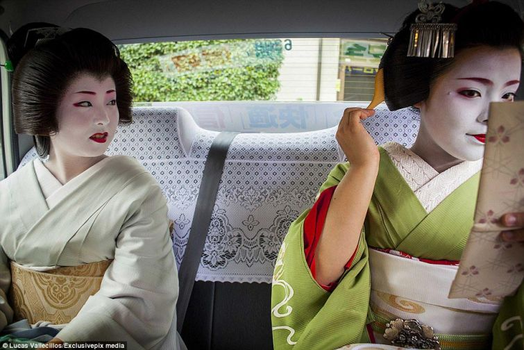Будни современных гейш: 400-летние летние традиции в 21 веке