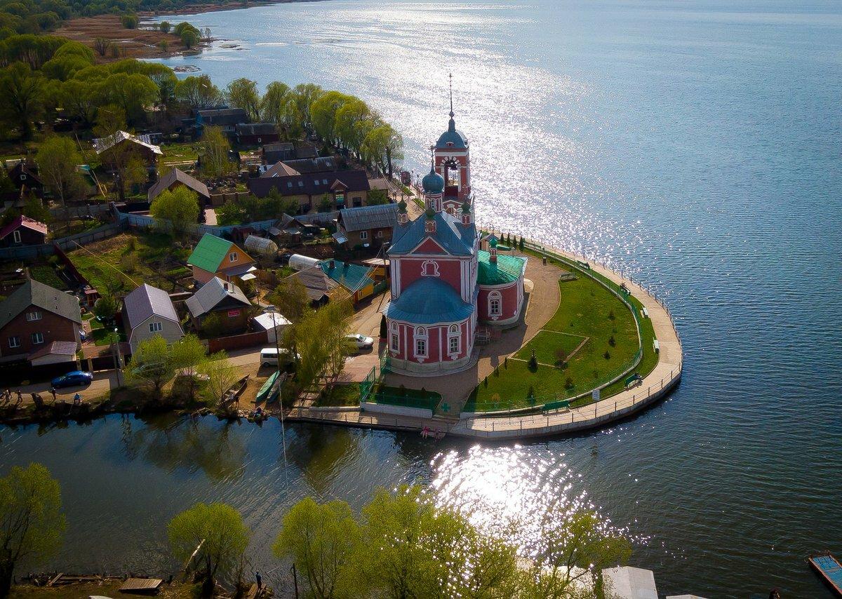 Переславль-Залесский: Церковь сорока мучеников и Плещеево озеро