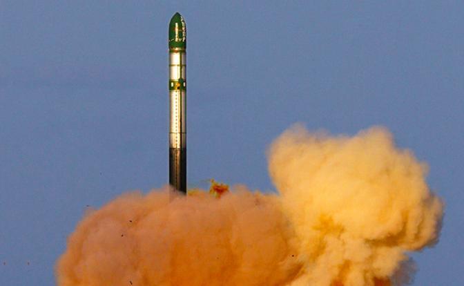 В Киеве мечтают о ядерной дубине